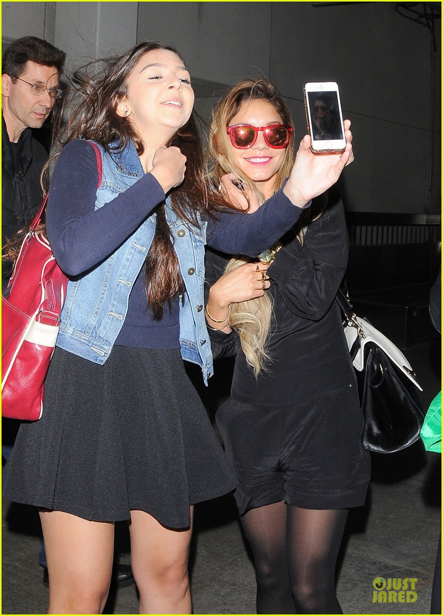 vanessa hudgens sunglasses red at lax airport 023099543