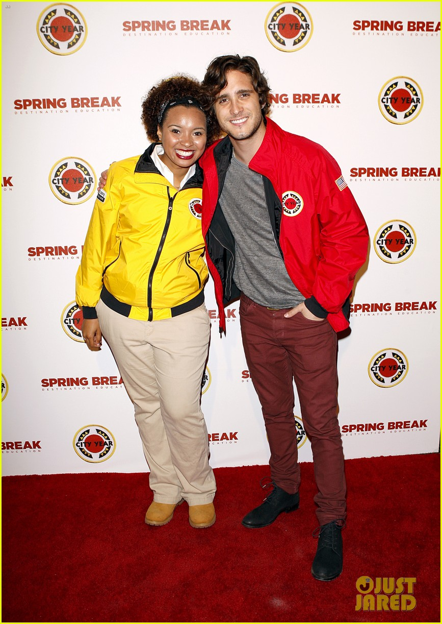 jake t austin avan jogia abc family city year 08