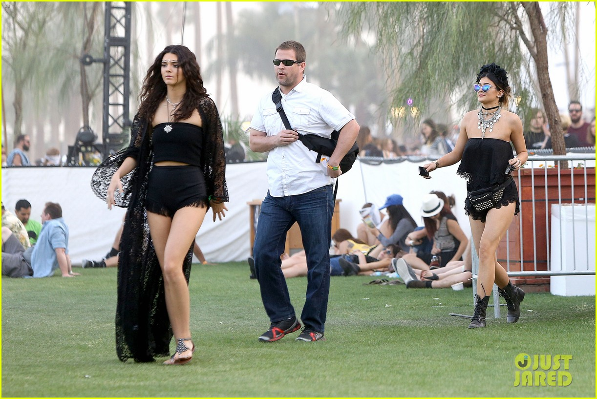 kendall kylie jenner went all out with coachella outfits 18