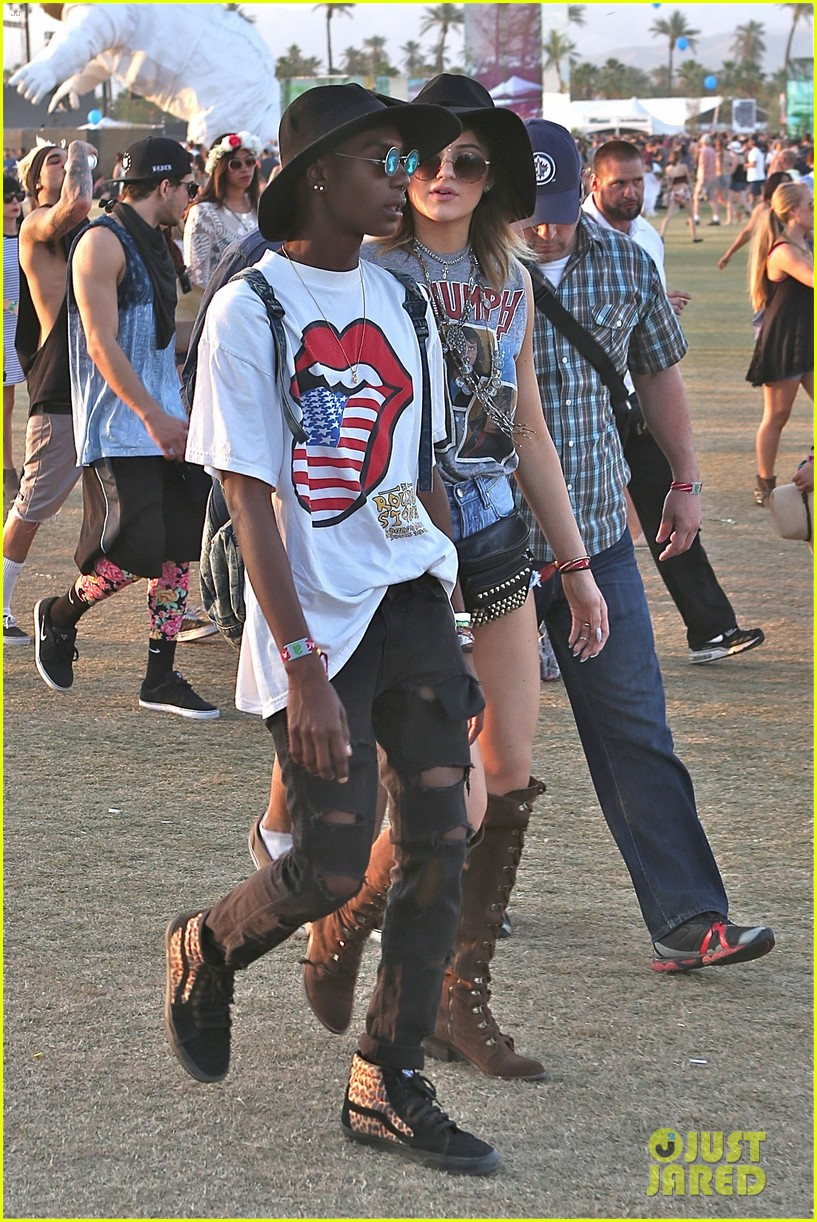 kendall kylie jenner bring their bodyguards to coachella 133095456