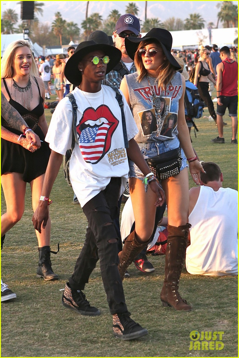 kendall kylie jenner bring their bodyguards to coachella 143095457