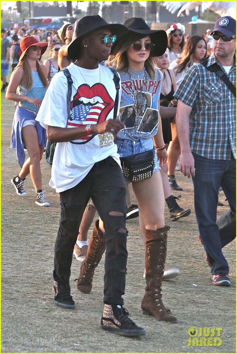 kendall kylie jenner bring their bodyguards to coachella 153095458