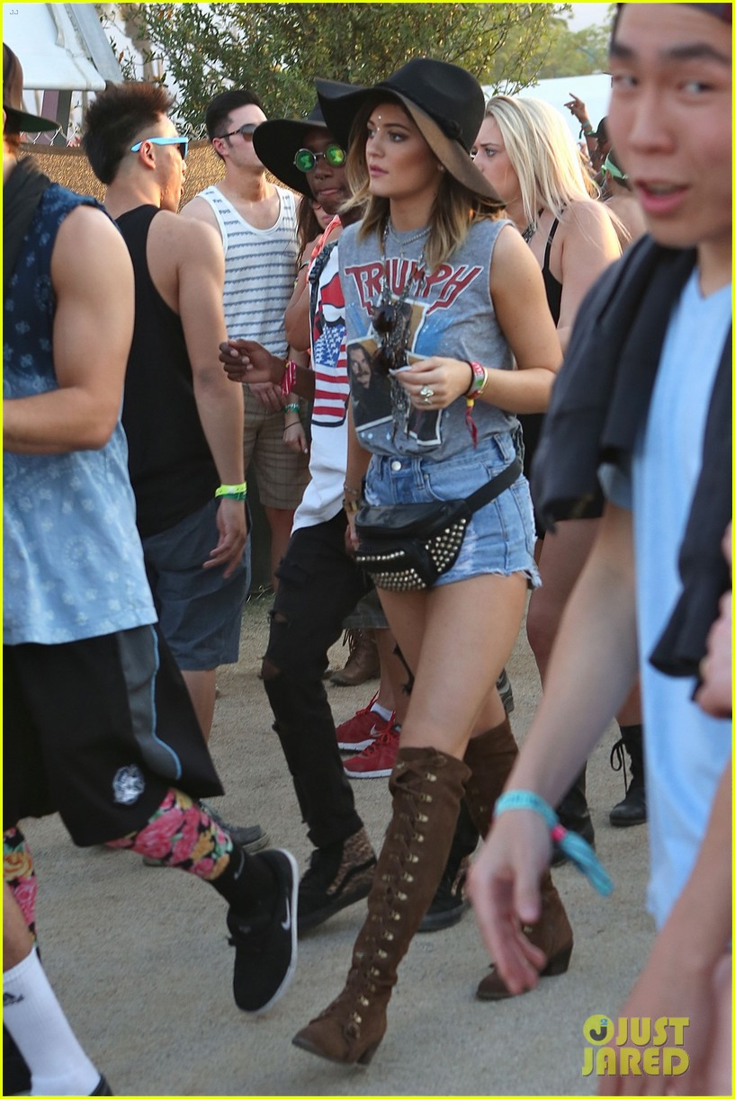kendall kylie jenner bring their bodyguards to coachella 203095463