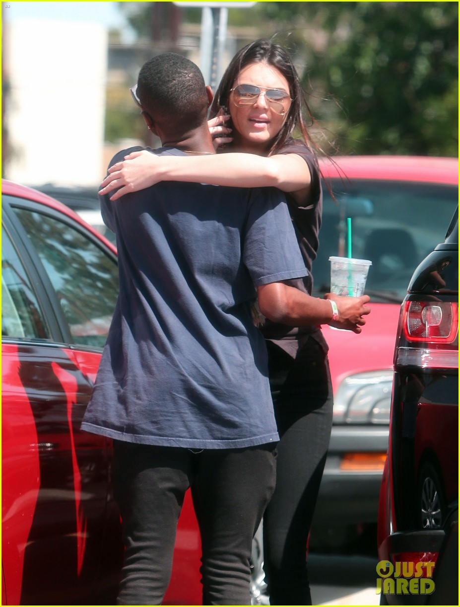 kendall jenner loves her fans so much it makes her sick 143098025