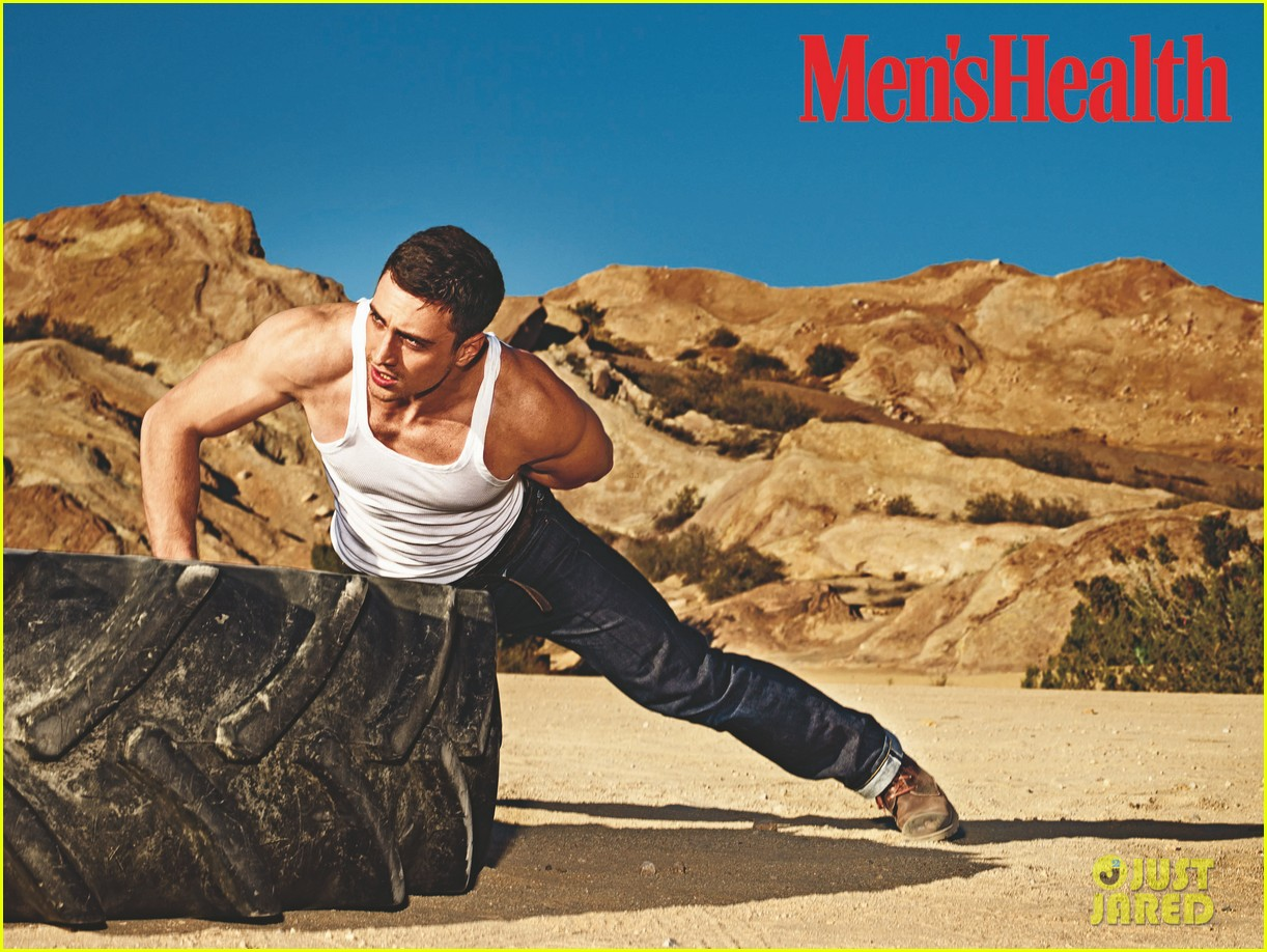 aaron taylor johnson is all muscle for mens health may 2014 013088460