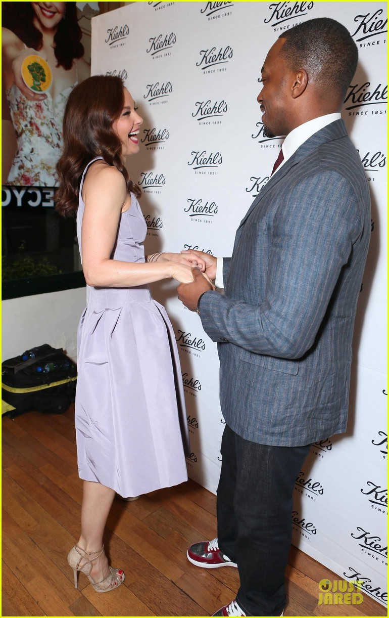 ashley judd anthony mackie recycle across america 063087243