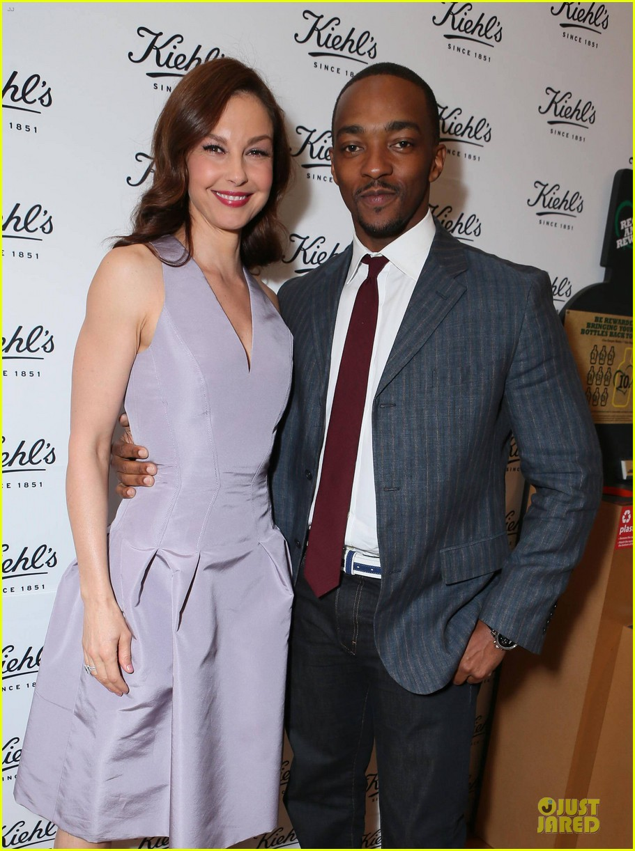 ashley judd anthony mackie recycle across america 073087244
