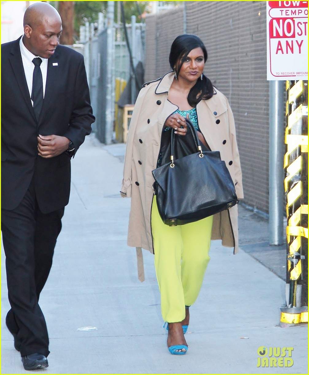 mindy kaling takes lots of effort to look like a normal person 053082819