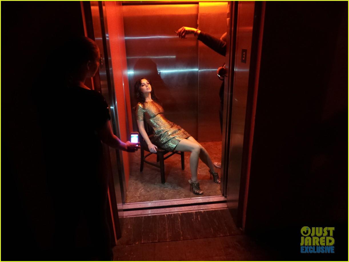 adelaide kane just jared spotlight series behind the scenes photos 133092523