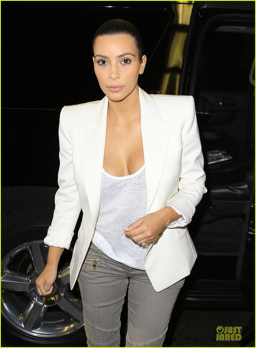 kim kardashian wedding upstage fancy nancy 023093486