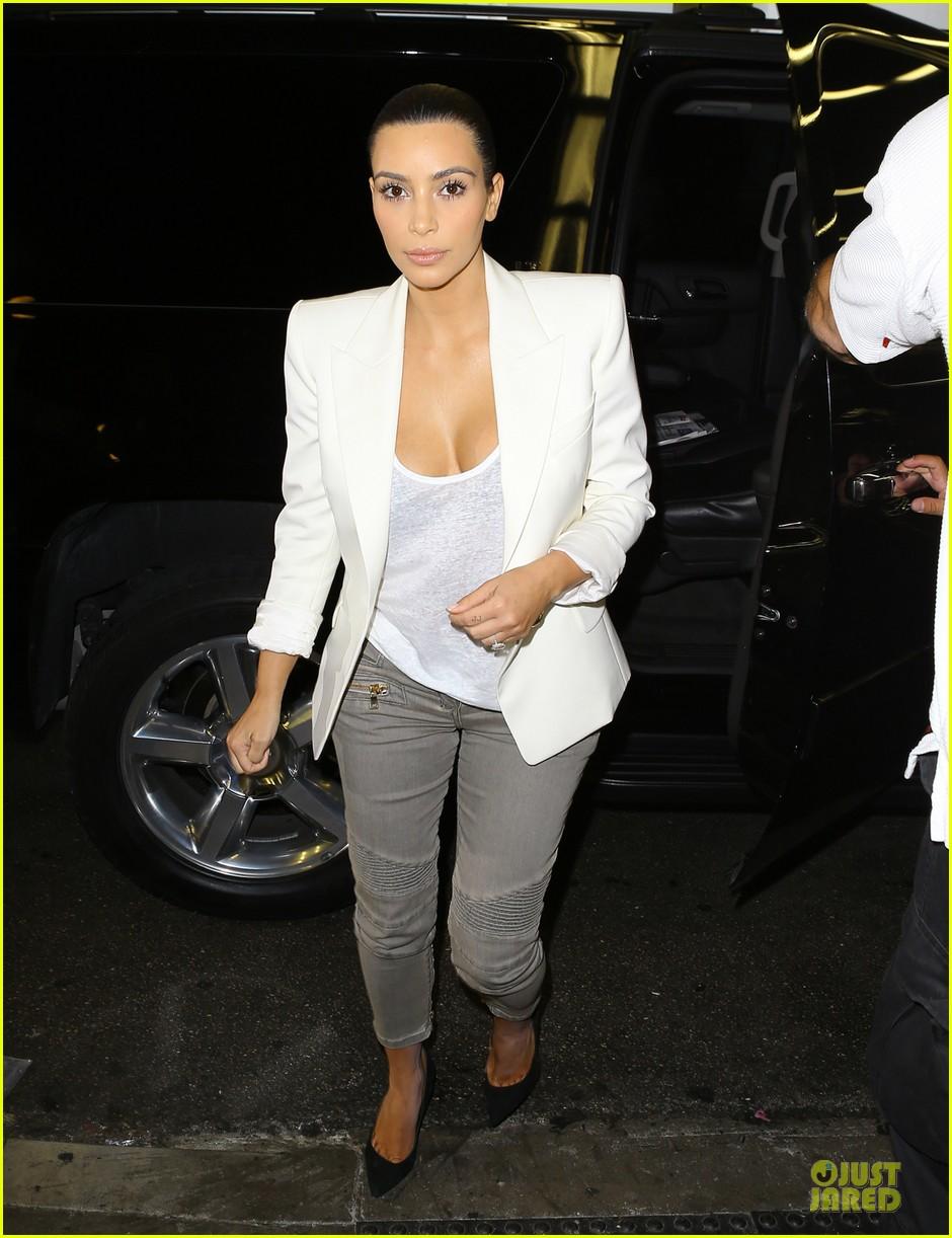 kim kardashian wedding upstage fancy nancy 073093491