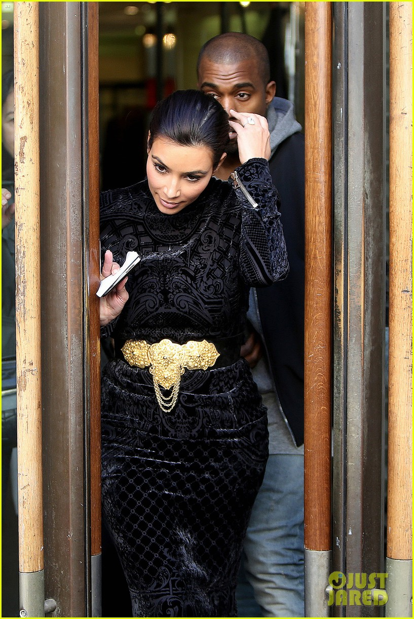 kim kardashian changes into two different dresses 103091985