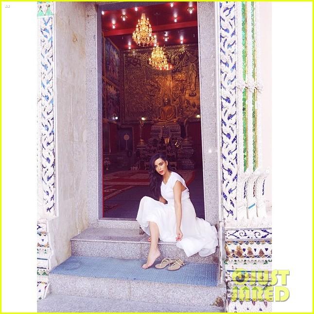 kim kardashian failed selfie with elephant 033084670