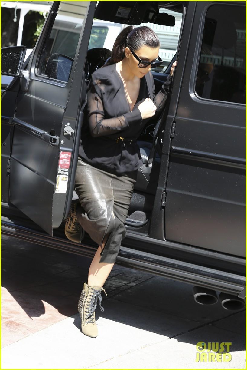 kim kardashian goes shopping for bikinis with mom kris jenner 033097738