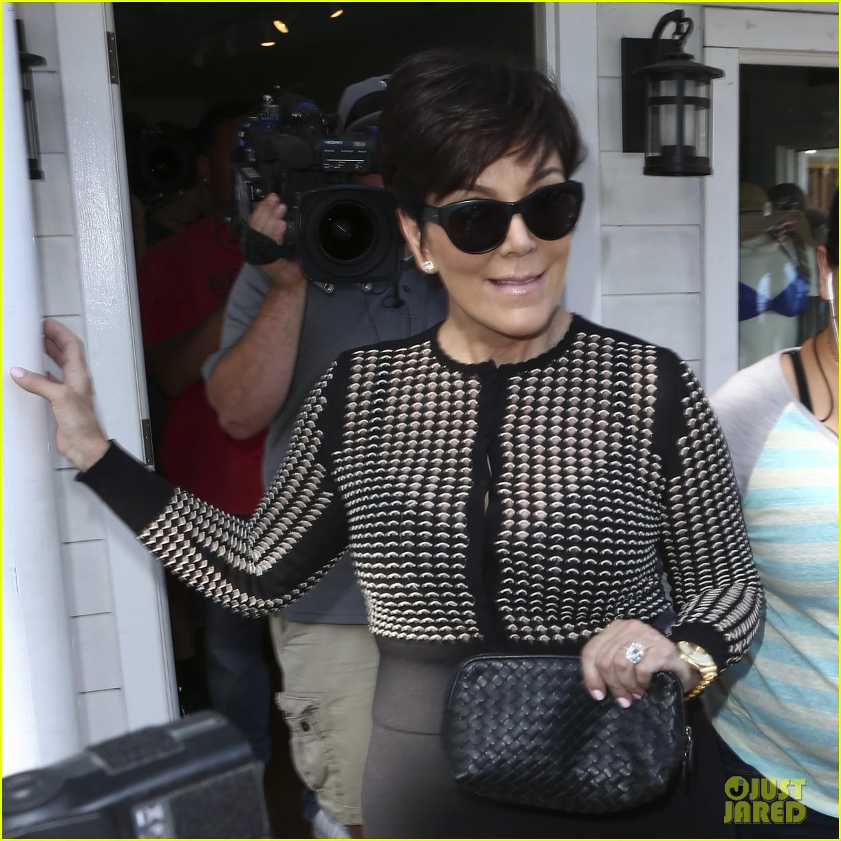 kim kardashian goes shopping for bikinis with mom kris jenner 043097739