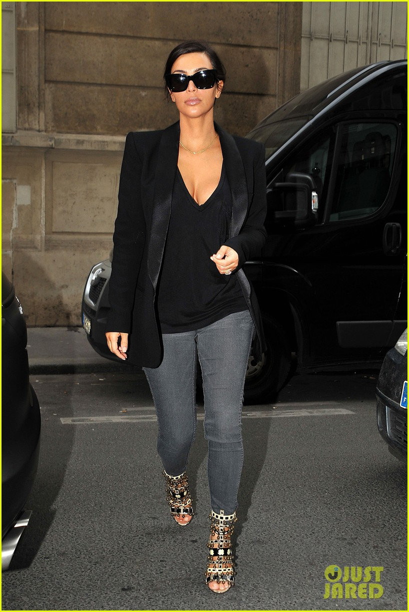 kim kardashian kanye west work out have lunch in paris 013091781