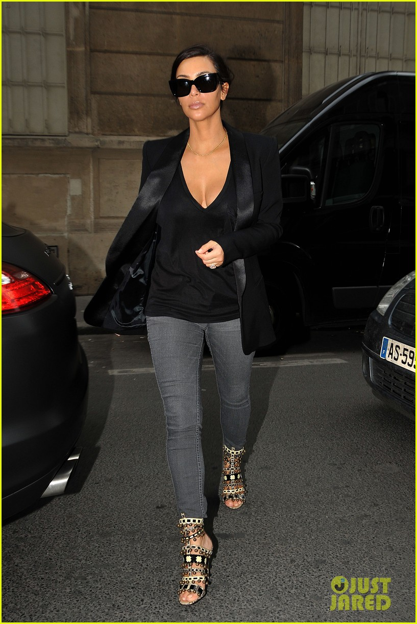 kim kardashian kanye west work out have lunch in paris 04