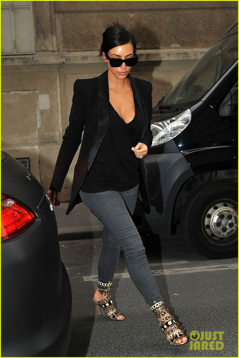 kim kardashian kanye west work out have lunch in paris 103091790