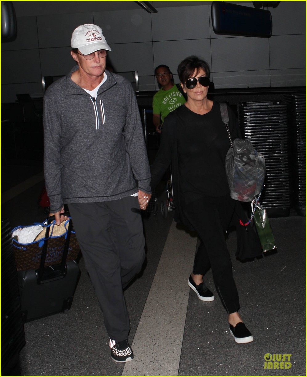 kendall kylie jenner arrive with bruce kris 053083600