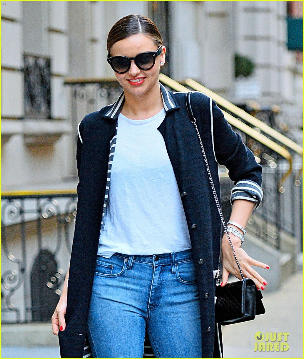 miranda kerr sidewalk runway new york city 023095410