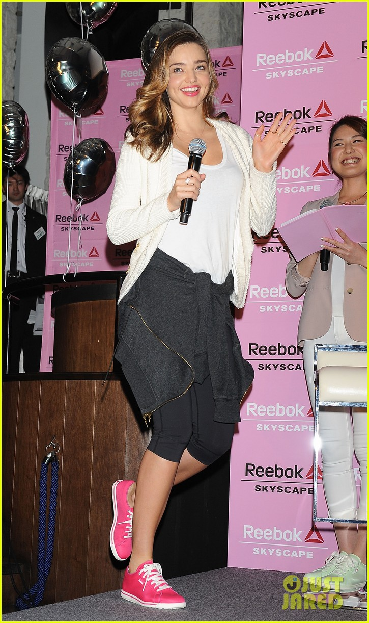 miranda kerr takes her reebok skyscape sneakers to tokyo 033083252