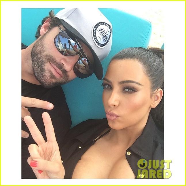 kim kardashian teases hot bikini photo shoot coming soon 023083332