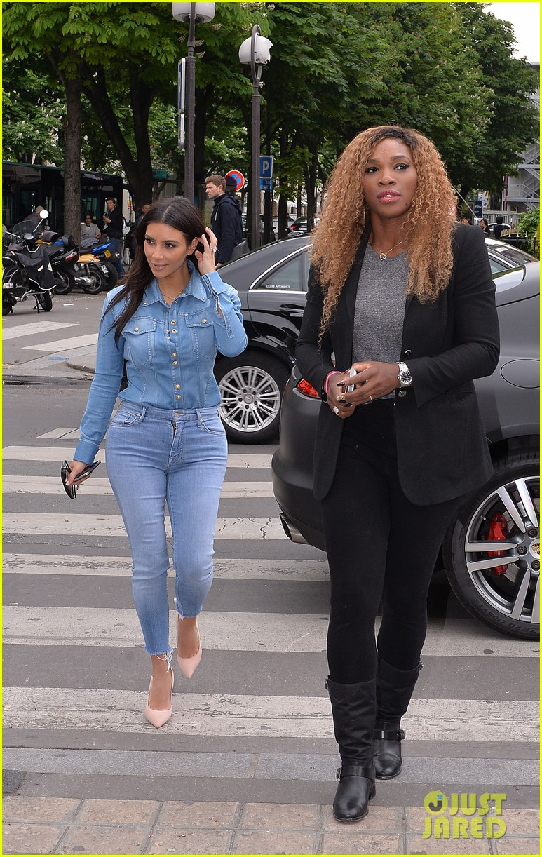 kim kardashian does double denim for lunch with serena williams 083102331