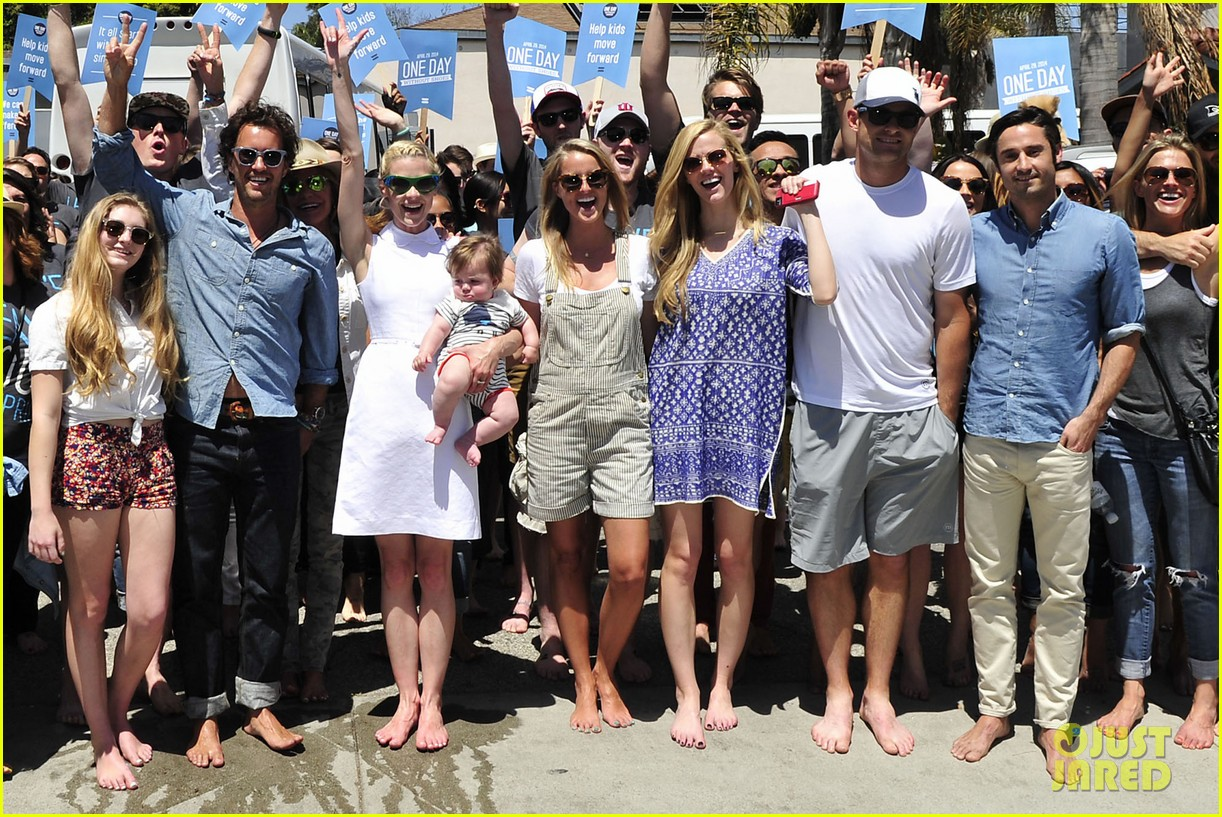 dianna agron jaime king go without shoes for toms 093101793
