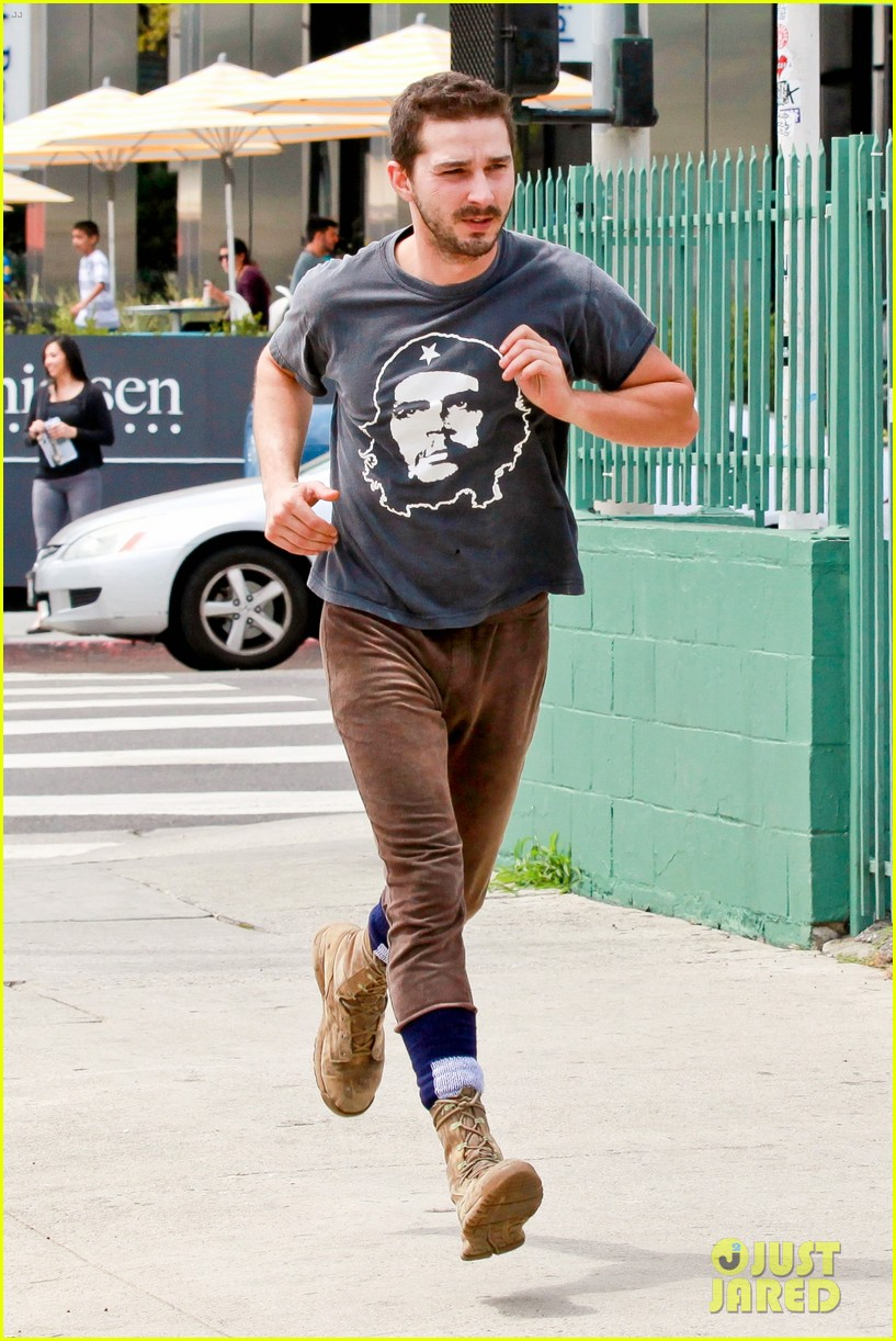 shia labeouf sues his uncle for another 200000 013101185