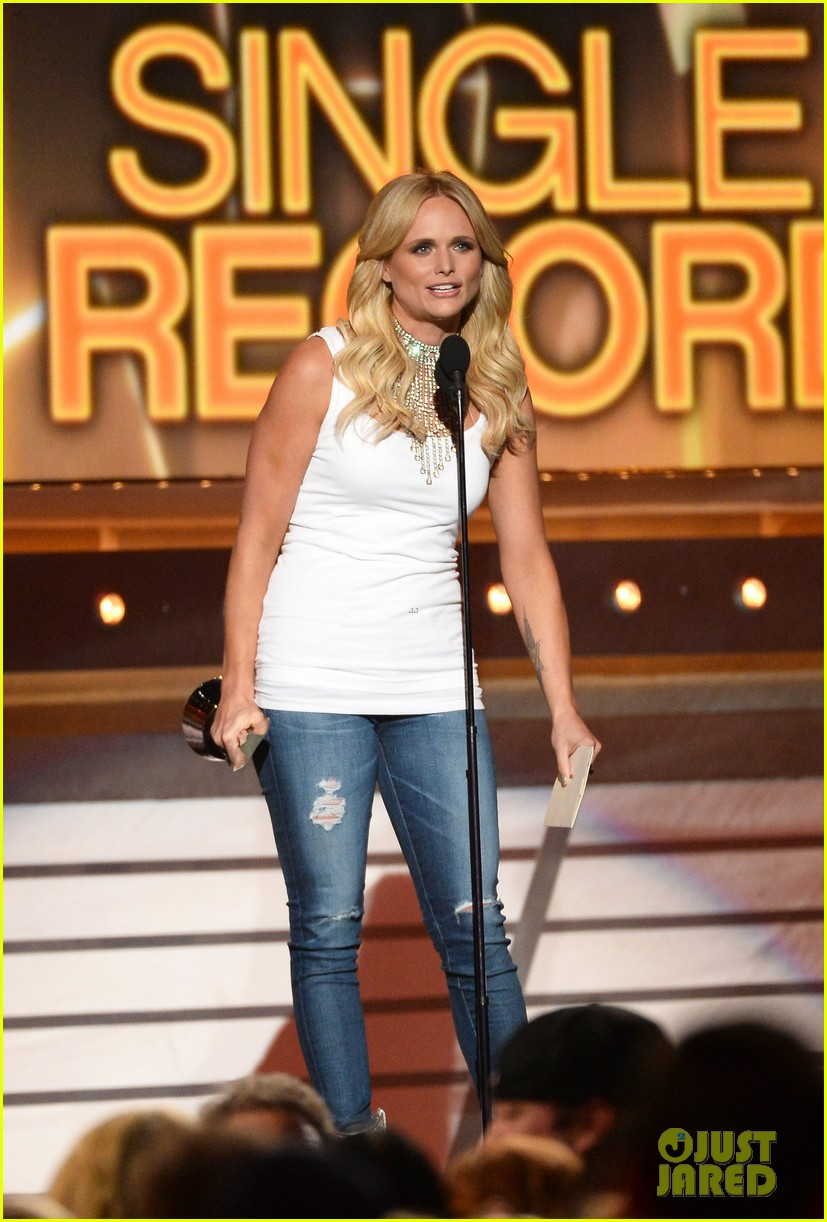 miranda lambert automatic acm awards 2014 013085974