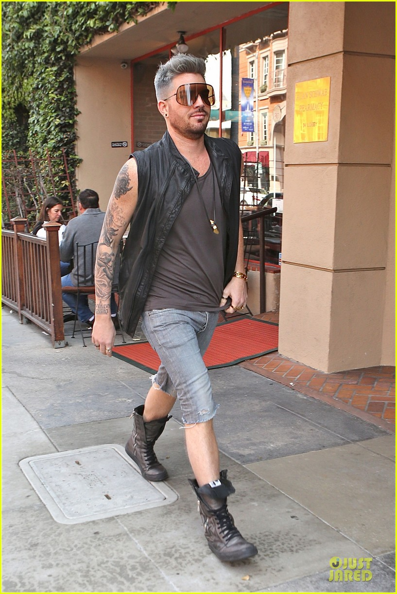 adam lambert tattooed guns sight you can miss 093096561