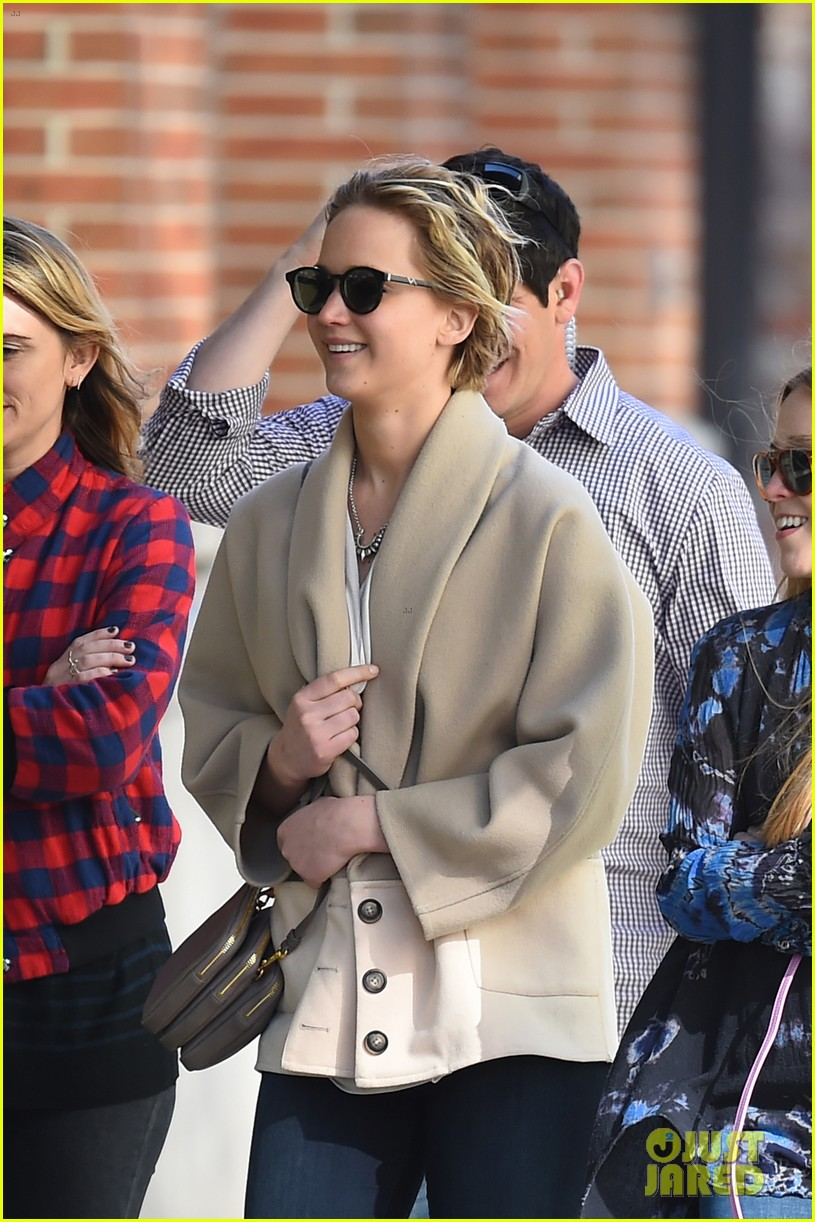 jennifer lawrence goes glam for gma spends easter in nyc 02