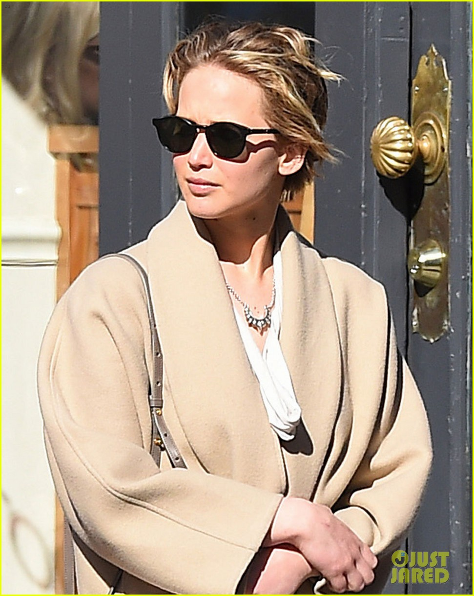 jennifer lawrence goes glam for gma spends easter in nyc 04