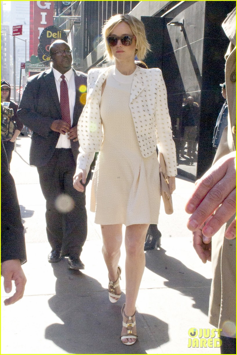jennifer lawrence goes glam for gma spends easter in nyc 063096128