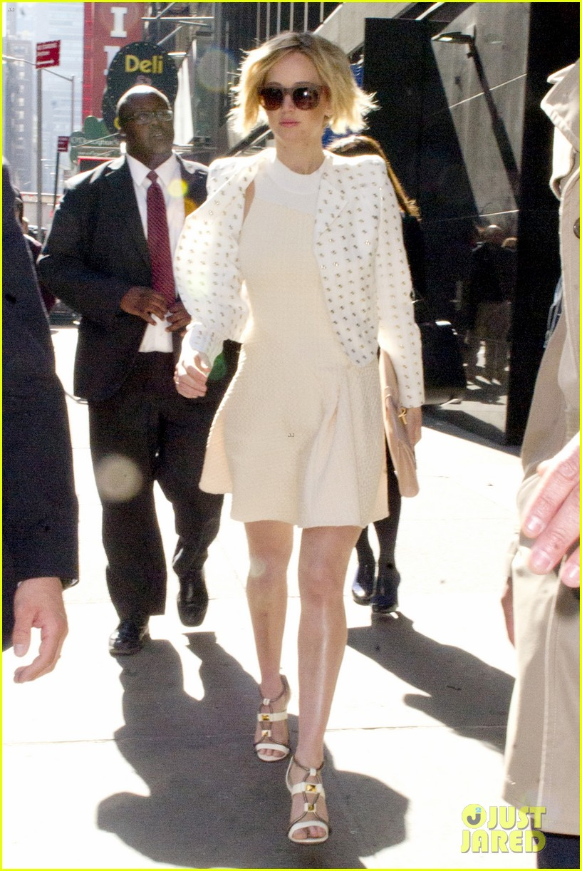 jennifer lawrence goes glam for gma spends easter in nyc 083096130