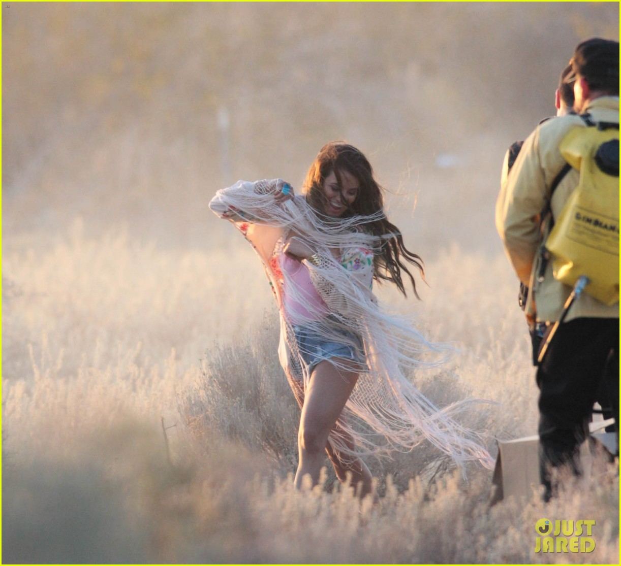 lea michele cozy co star music video set 21