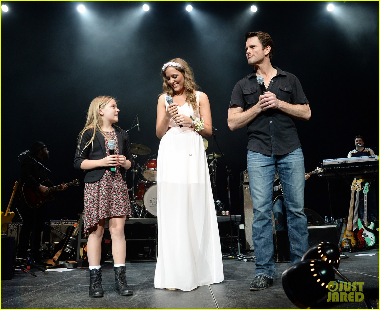 nashville lennon stella leaves prom early to sing at concert 083100122