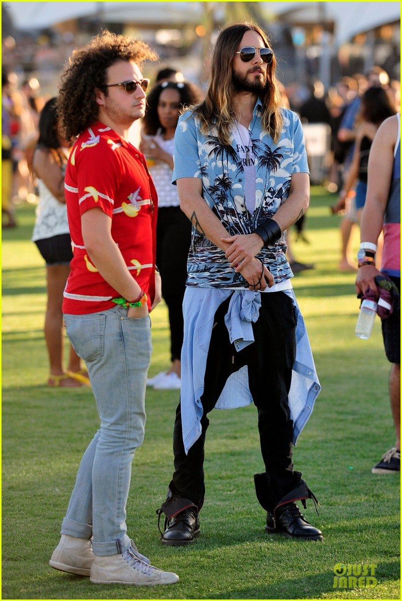 jared leto hawaiian shirt at coachella 063089533