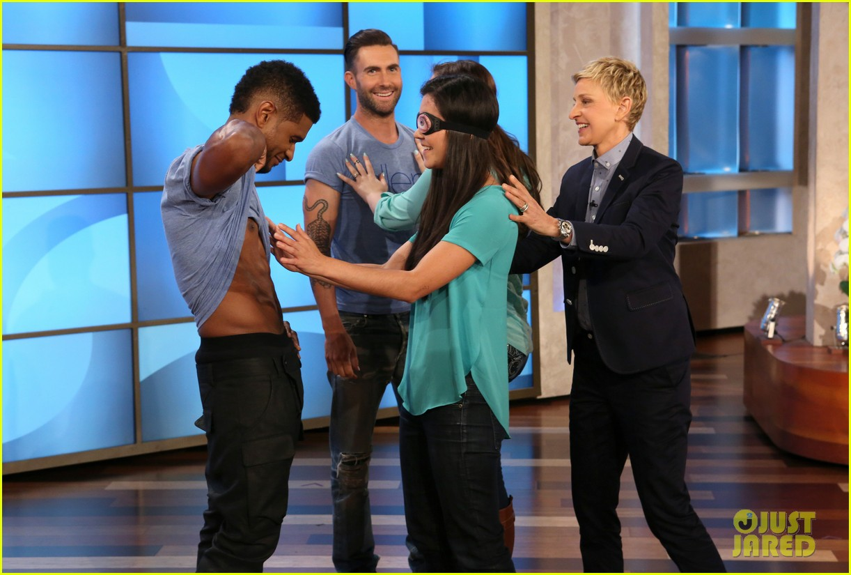 adam levine visits ellen usher lets one lucky audience member feel his abs 043098304