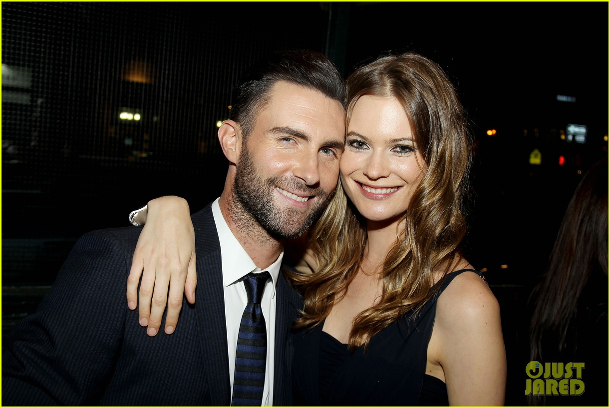adam levine behati prinsloo party the night away at tribeca 123099965