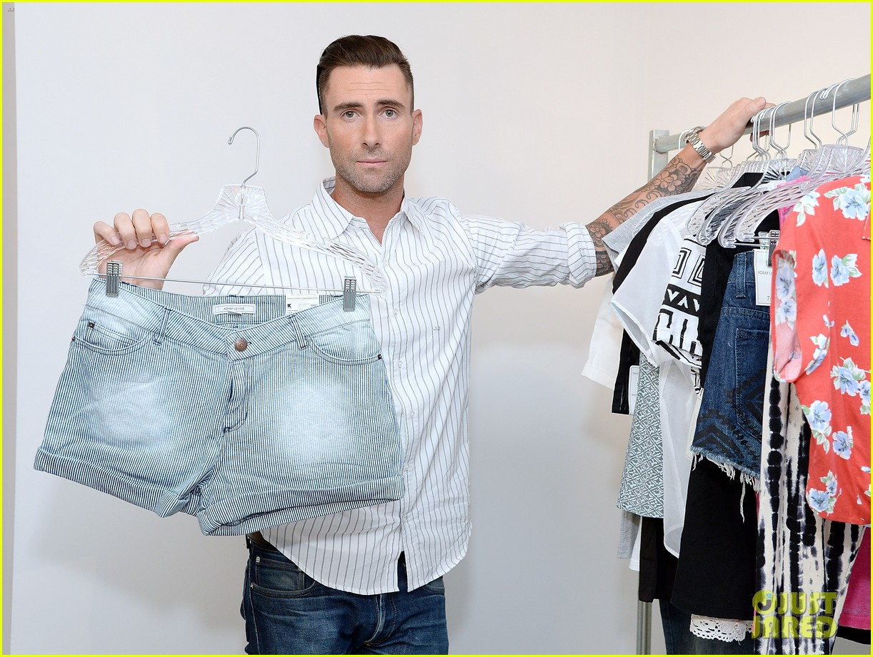 adam levine celebrates launch of new womens summer collection 053094410