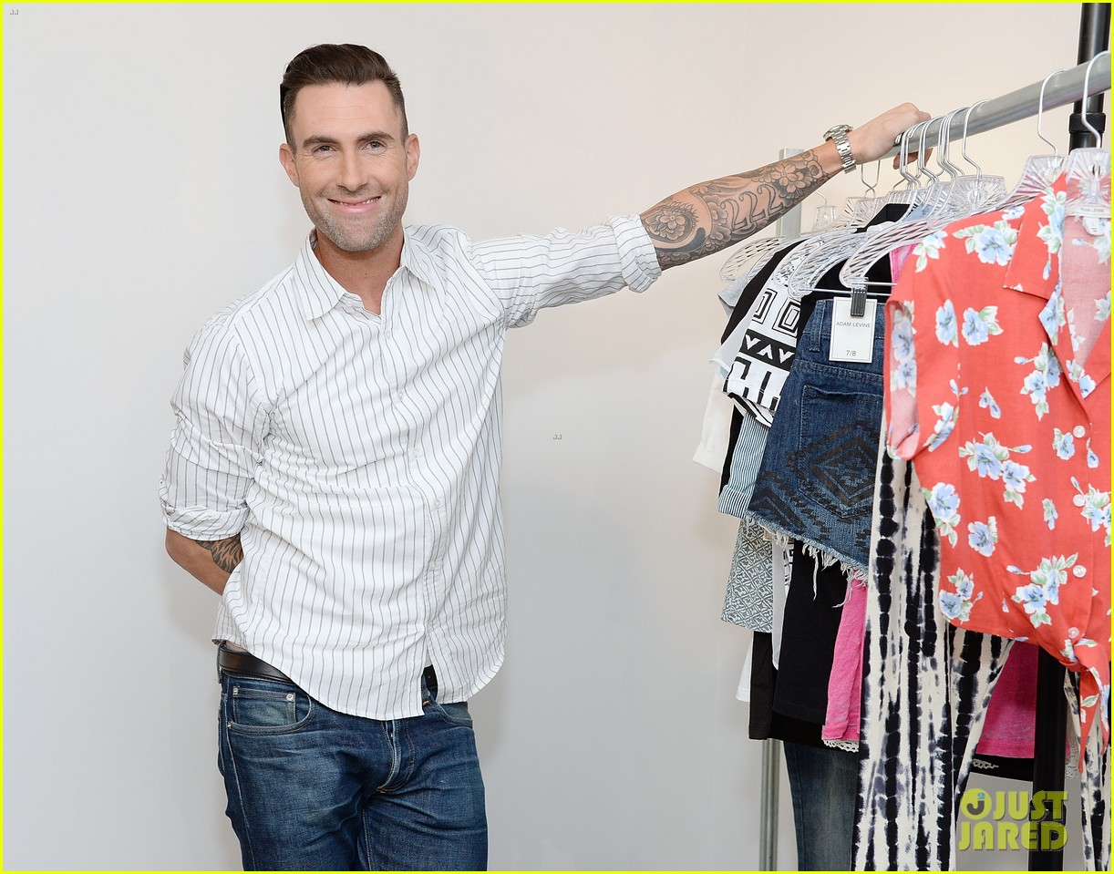 adam levine celebrates launch of new womens summer collection 07