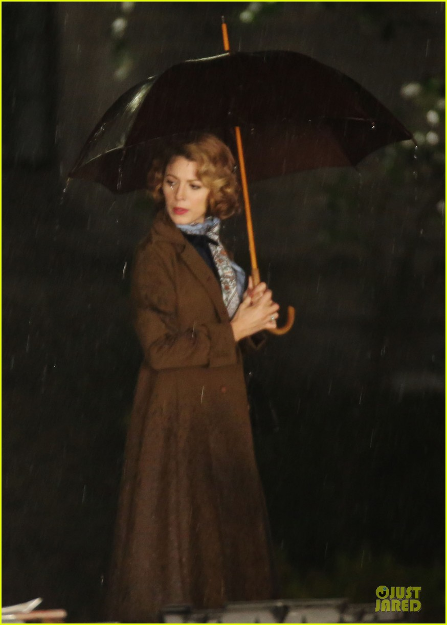 blake lively ryan reynolds woman in gold 083085069