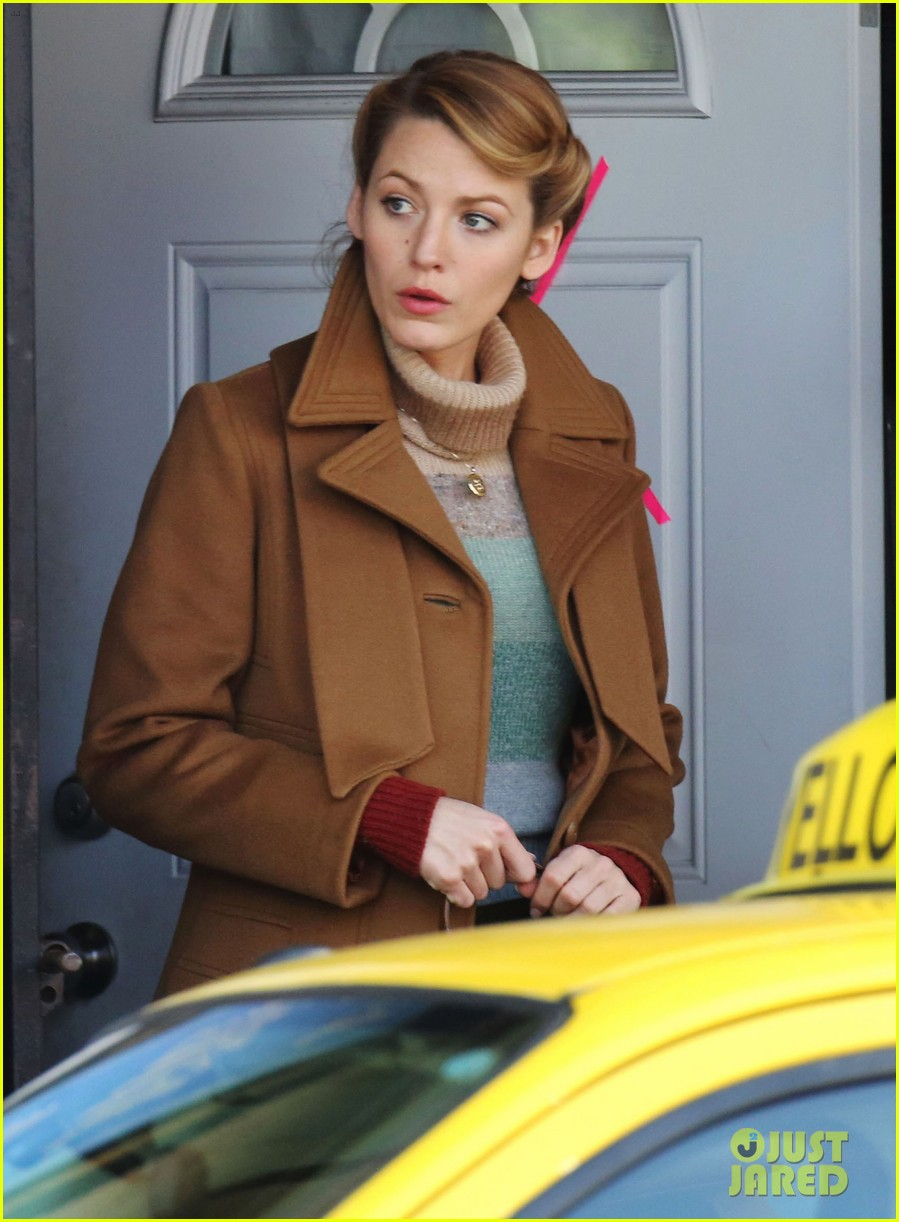 blake lively back at work on age of adaline after injury 043101404