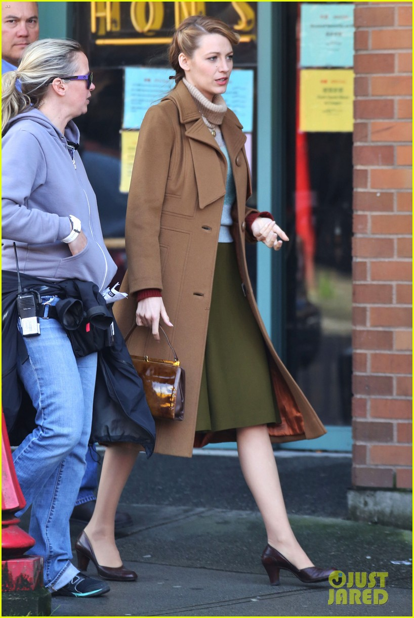 blake lively back at work on age of adaline after injury 173101417
