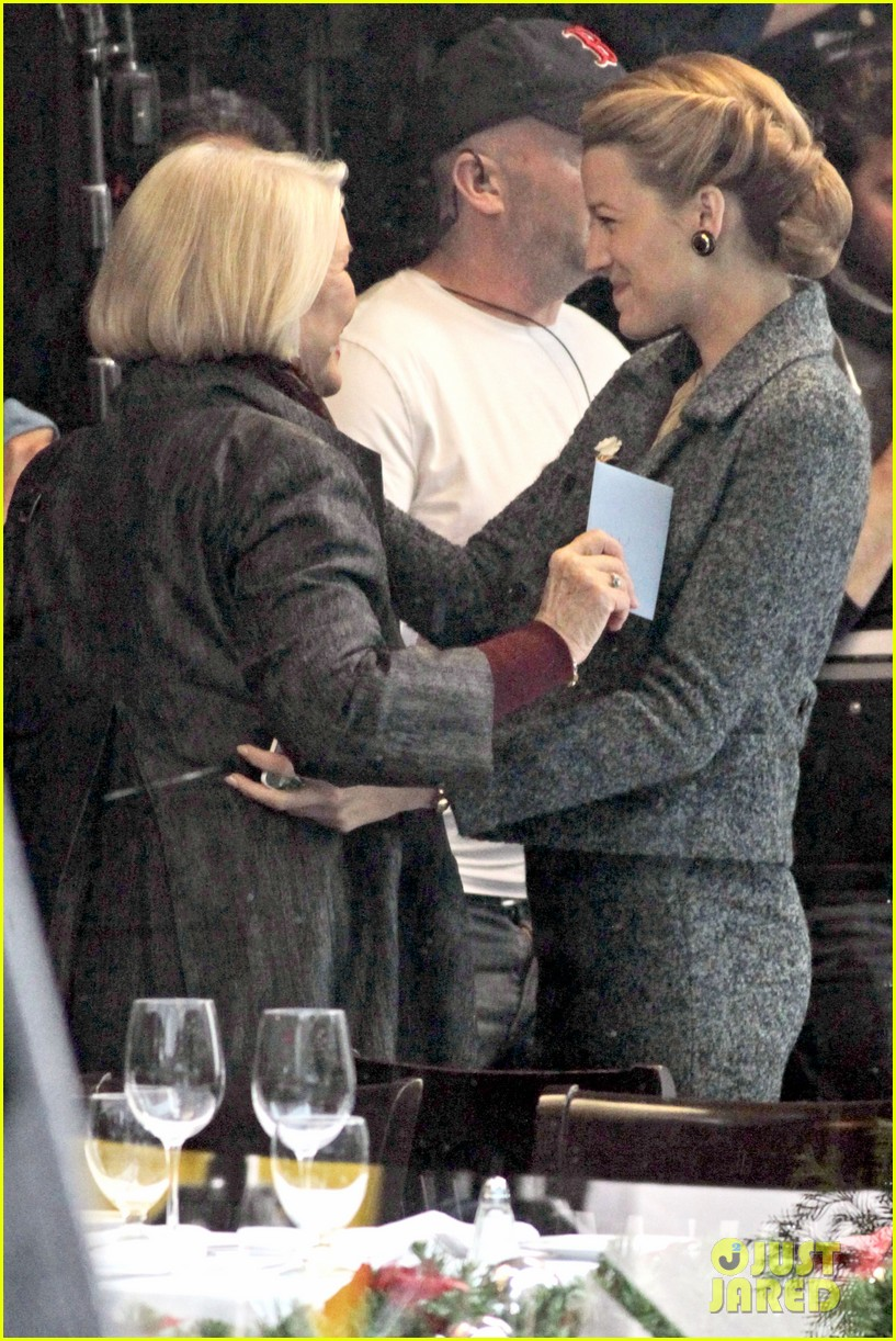blake lively on screen mom ellen burstyn lunch in character 083084626