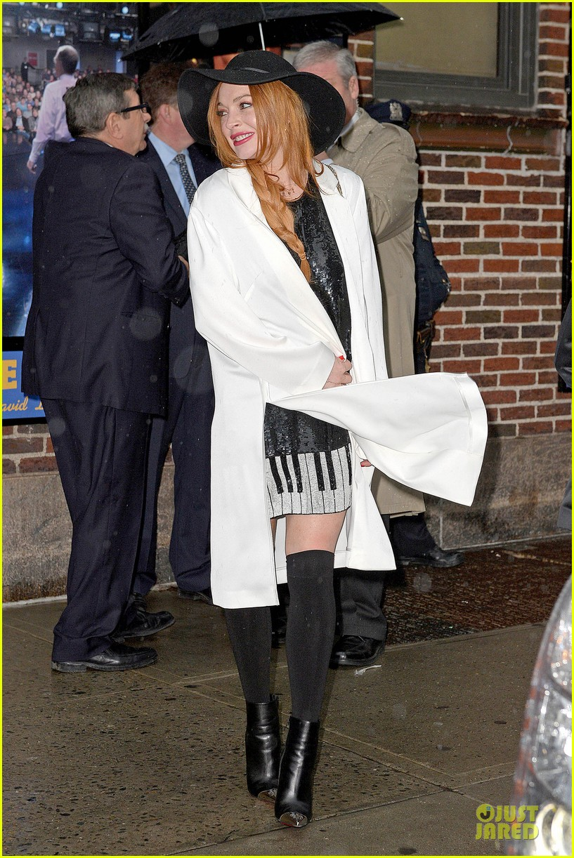 lindsay lohan brings music letterman 223086517