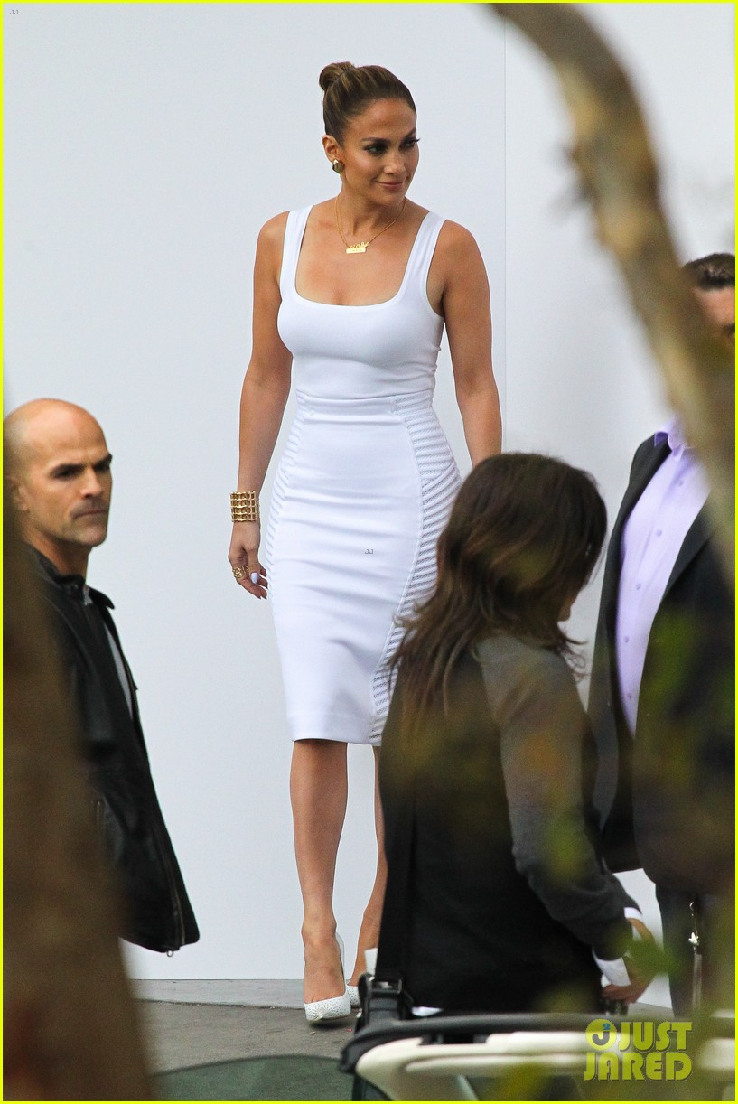 jennifer lopez white hot form fitting dress idol 093088723