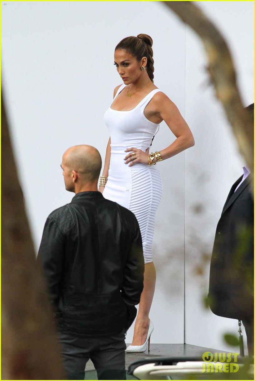 jennifer lopez white hot form fitting dress idol 103088724