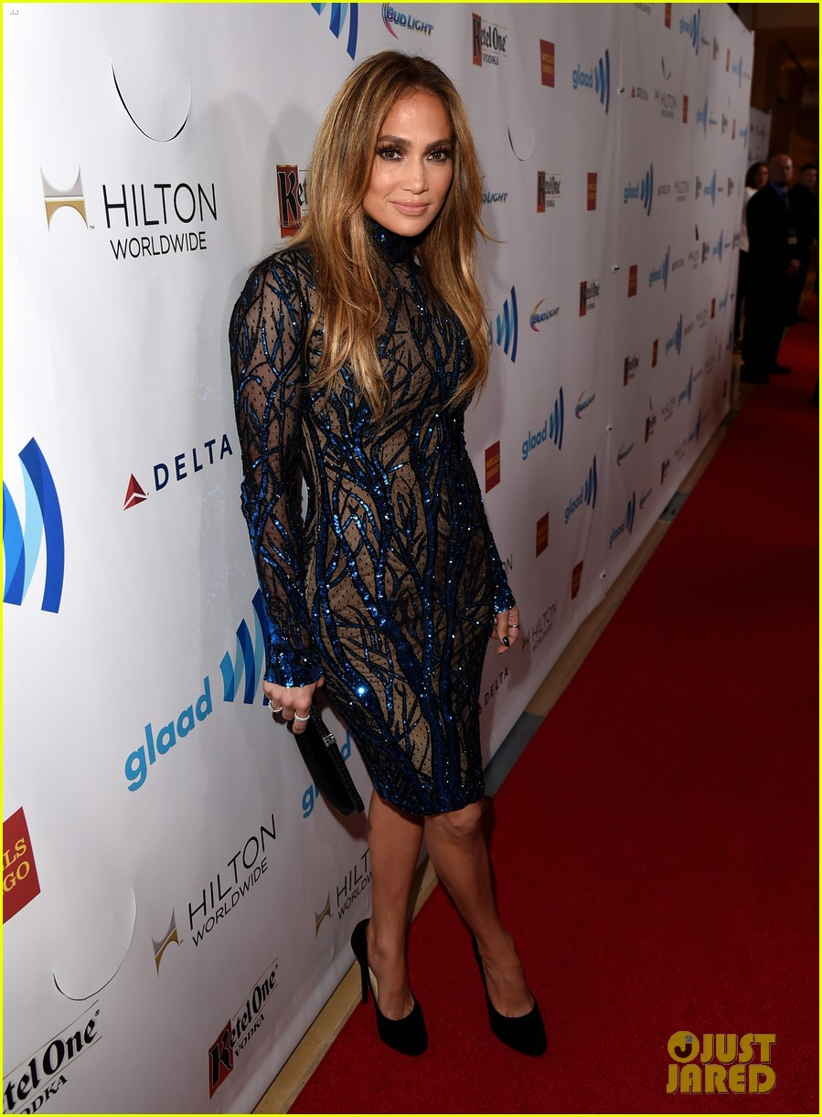 jennifer lopez glaad vanguard award boyfriend casper smart 063090034